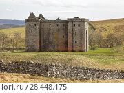 Купить «Hermitage Castle, Newcastleton, Roxburghshire, Scottish Borders, Scotland, built in the 14th and 15th centuries, located in the debatable lands between England and Scotland. United Kingdom, Europe.», фото № 28448175, снято 18 апреля 2018 г. (c) age Fotostock / Фотобанк Лори