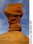 Купить «Formation caused by erosion in sandstone, Devils Garden, Grand Staircase-Escalante National Monument, Utah, USA. April 2014.», фото № 28454391, снято 20 июля 2018 г. (c) Nature Picture Library / Фотобанк Лори