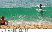 Купить «Azure waves rolled on the sand of Karon Beach», видеоролик № 28462199, снято 16 ноября 2015 г. (c) Игорь Жоров / Фотобанк Лори