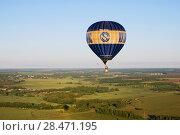 Купить «Воздушный шар летит над полями Рязанской области», фото № 28471195, снято 27 мая 2018 г. (c) Инна Грязнова / Фотобанк Лори