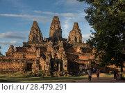 Купить «Tourists at Pre Rup temple, Krong Siem Reap, Siem Reap, Cambodia», фото № 28479291, снято 19 декабря 2016 г. (c) Ingram Publishing / Фотобанк Лори