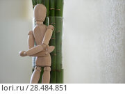 Купить «Wooden man standing at home and leaning on tree. People emotions concept», фото № 28484851, снято 5 мая 2013 г. (c) Ingram Publishing / Фотобанк Лори
