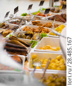 Купить «Grocery store. Different served meals on sale», фото № 28485167, снято 16 июля 2013 г. (c) Ingram Publishing / Фотобанк Лори