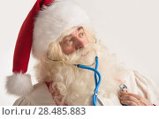 Купить «Santa Claus Doctor using a stethoscope on himself trying to set laughing children», фото № 28485883, снято 17 января 2013 г. (c) Ingram Publishing / Фотобанк Лори