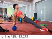Купить «Crossfit fitness woman push ups with Kettlebell rear pushup exercise», фото № 28493275, снято 19 апреля 2019 г. (c) Ingram Publishing / Фотобанк Лори