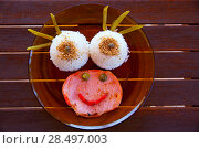 Купить «Funny kid food with rice and meat with a smiley face», фото № 28497003, снято 29 июня 2013 г. (c) Ingram Publishing / Фотобанк Лори