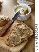Liver paste simple sandwich on the kitchen table. Стоковое фото, фотограф Olena Mykhaylova / Ingram Publishing / Фотобанк Лори