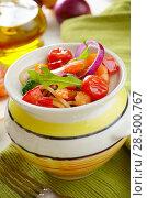 Купить «Seafood spaghetti pasta pot with shrimps and cherry tomatoes», фото № 28500767, снято 23 июля 2018 г. (c) Ingram Publishing / Фотобанк Лори