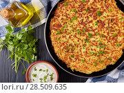 Купить «delicious hot swiss rosti in a skillet», фото № 28509635, снято 21 мая 2018 г. (c) Oksana Zh / Фотобанк Лори