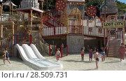 Купить «Детский городок Lost City с горками, лестницами и уровнями для маленьких детей. Аквапарк Сиам, Коста-Адехе, Тенерифе, Канары, Испания», видеоролик № 28509731, снято 9 марта 2018 г. (c) Кекяляйнен Андрей / Фотобанк Лори