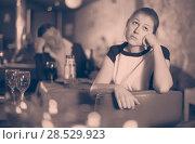 Купить «Girl upset because her boyfriend drunk too much», фото № 28529923, снято 18 декабря 2017 г. (c) Яков Филимонов / Фотобанк Лори
