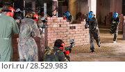 Купить «Players of red and blue team faced on the battlefield», фото № 28529983, снято 10 июля 2017 г. (c) Яков Филимонов / Фотобанк Лори