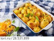 cheesy new potato gratin. top view. Стоковое фото, фотограф Oksana Zh / Фотобанк Лори
