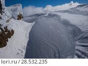 Купить «Snow covered mountain peak against sky, Whistler, British Columbia, Canada», фото № 28532235, снято 25 марта 2016 г. (c) Ingram Publishing / Фотобанк Лори