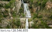 View of natural area Sant Miquel del Fai with waterfall cascades, Barcelona, Spain (2018 год). Стоковое видео, видеограф Яков Филимонов / Фотобанк Лори