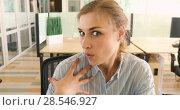 Купить «Girl shows surprise workplace», видеоролик № 28546927, снято 21 мая 2018 г. (c) Ekaterina Demidova / Фотобанк Лори
