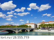 Купить «Rhone river embankment and Wilson Bridge, Lyon», фото № 28555719, снято 14 июля 2017 г. (c) Сергей Новиков / Фотобанк Лори