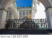 Купить «Inside of Moscow Kremlin, Russia (day)», фото № 28557059, снято 11 мая 2018 г. (c) Владимир Журавлев / Фотобанк Лори