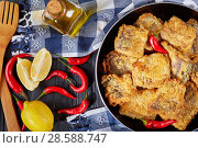 Купить «fried pieces of hake on a skillet», фото № 28588747, снято 4 июня 2018 г. (c) Oksana Zh / Фотобанк Лори