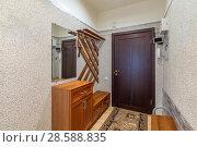 Купить «Empty bright entrance», фото № 28588835, снято 23 сентября 2018 г. (c) Ольга Сапегина / Фотобанк Лори