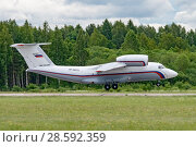 Купить «Ан-72 (бортовой RF-90372) на посадке, аэродром Мигалово, Тверь», эксклюзивное фото № 28592359, снято 10 июня 2018 г. (c) Alexei Tavix / Фотобанк Лори