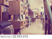 Купить «Wide selection of vintage furniture in showroom», фото № 28593015, снято 9 ноября 2017 г. (c) Яков Филимонов / Фотобанк Лори