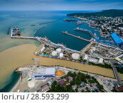 Купить «Краснодарский край, вид на морской порт Туапсе и устье реки Туапсинка», фото № 28593299, снято 18 июня 2018 г. (c) glokaya_kuzdra / Фотобанк Лори
