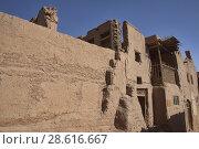 Купить «Ancient mud brick village in the Tuyoq Valley, Turpan, Xinjiang, China.», фото № 28616667, снято 26 мая 2018 г. (c) age Fotostock / Фотобанк Лори