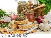 Купить «The baked, dietary, mushroom caviar», фото № 28645987, снято 26 июня 2018 г. (c) Татьяна Ляпи / Фотобанк Лори