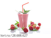 strawberry fresh sweet smoothies in a glass. Стоковое фото, фотограф Peredniankina / Фотобанк Лори