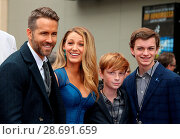 Купить «Ryan Reynolds Honored With Star On The Hollywood Walk Of Fame Featuring: Ryan Reynolds, Blake Lively, Family Where: Hollywood, California, United States When: 16 Dec 2016 Credit: FayesVision/WENN.com», фото № 28691659, снято 16 декабря 2016 г. (c) age Fotostock / Фотобанк Лори