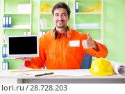 Купить «Construction supervisor planning new project in office», фото № 28728203, снято 11 мая 2018 г. (c) Elnur / Фотобанк Лори