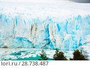Купить «Vertical edge of glacier Perito Moreno», фото № 28738487, снято 2 февраля 2017 г. (c) Яков Филимонов / Фотобанк Лори