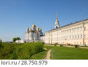 Купить «Dormition Cathedral, Vladimir», фото № 28750979, снято 12 мая 2018 г. (c) Юлия Бабкина / Фотобанк Лори