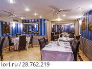 Купить «Dining room. Restaurante 33. Tudela, Navarre, Spain.», фото № 28762219, снято 19 октября 2007 г. (c) age Fotostock / Фотобанк Лори