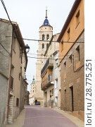 Купить «Street of the church with the bell tower and the town hall of Fuendejalon, Aragon, Spain», фото № 28775251, снято 16 августа 2018 г. (c) age Fotostock / Фотобанк Лори