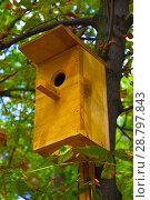 Купить «birdhouse on the tree», фото № 28797843, снято 31 августа 2017 г. (c) Guru3d / Фотобанк Лори