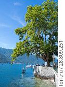 Купить «View of Lake Como (northern Italy) in a sunny day», фото № 28809251, снято 6 июля 2018 г. (c) Григорий Стоякин / Фотобанк Лори