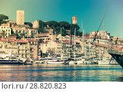 Купить «Picture of port of Cannes old city at the French Riviera», фото № 28820823, снято 3 декабря 2017 г. (c) Яков Филимонов / Фотобанк Лори