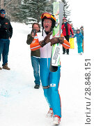 Купить «Eddie the Eagle, real name Michael Edwards, took to the slopes at the Canada Olympic Park in Calgary, Alberta in support of local jumpers. Around 1000...», фото № 28848151, снято 5 марта 2017 г. (c) age Fotostock / Фотобанк Лори