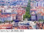 Купить «Lyon cityscape with famous hotel Dieu, France», фото № 28868383, снято 14 июля 2017 г. (c) Сергей Новиков / Фотобанк Лори