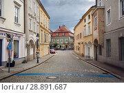 Купить «Мощеная улица в историческом центре. Город Ибс на Дунае, Нижняя Австрия.», фото № 28891687, снято 8 июля 2018 г. (c) Bala-Kate / Фотобанк Лори
