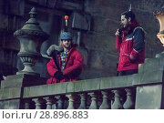 Купить «Film crew and stuntmen prepare for the filming of the upcoming movie 'Avengers: Infinity War' on the Royal Mile in Edinburgh Featuring: Stuntman Where...», фото № 28896883, снято 31 марта 2017 г. (c) age Fotostock / Фотобанк Лори