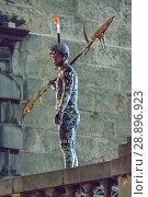 Купить «Film crew and stuntmen prepare for the filming of the upcoming movie 'Avengers: Infinity War' on the Royal Mile in Edinburgh Featuring: Stuntman Where...», фото № 28896923, снято 31 марта 2017 г. (c) age Fotostock / Фотобанк Лори