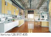 Купить «modern loft.», фото № 28917435, снято 15 августа 2018 г. (c) Виктор Застольский / Фотобанк Лори