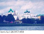 Купить «view on rostov kremlin from lake», фото № 28917959, снято 27 августа 2016 г. (c) Яков Филимонов / Фотобанк Лори