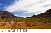 Купить «view of desert in grand canyon», видеоролик № 28918139, снято 21 июля 2018 г. (c) Syda Productions / Фотобанк Лори