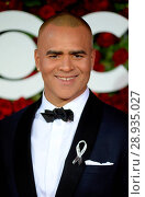 Christopher Jackson at arrivals for 70th Annual Tony Awards 2016 _ Arrivals 2, Beacon Theatre, New York, NY June 12, 2016. Photo By: Kristin Callahan/Everett Collection. Редакционное фото, фотограф Kristin Callahan/Everett Collection / age Fotostock / Фотобанк Лори