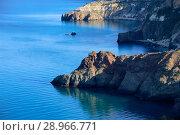 Купить «Скалистый берег Черного моря. Севастополь, Фиолент», фото № 28966771, снято 30 мая 2017 г. (c) Яна Королёва / Фотобанк Лори