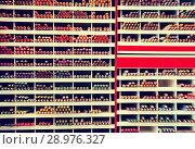Купить «multicolored pencils in store», фото № 28976327, снято 18 сентября 2018 г. (c) Яков Филимонов / Фотобанк Лори